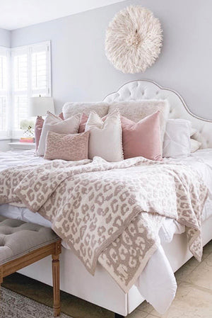 Barefoot Dreams CozyChic Into the Wild Throw Cream/Stone