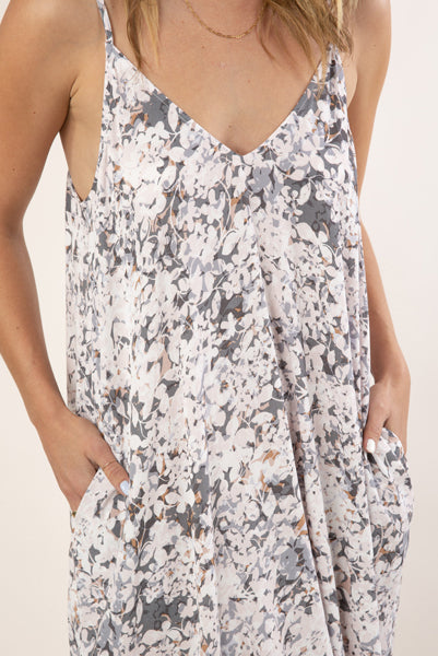 THE Cocoon Maxi Dress Grey Floral