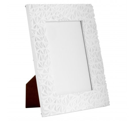 "Geo 5 x 7"" (13 x 18cm) White Photo Frame - Adapt Avenue"