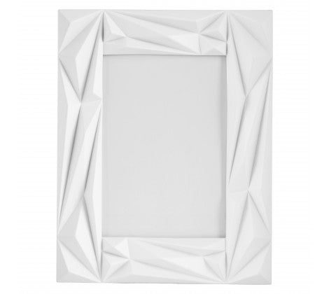 "Prisma 5 x 7"" (13 x 18cm) White Photo Frame - Adapt Avenue"