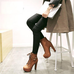 Lace up leather double buckle platform short boots