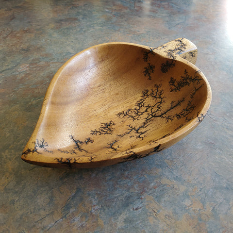 Heart leaf bowl
