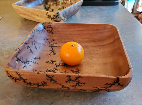 "10"" square serving bowl"