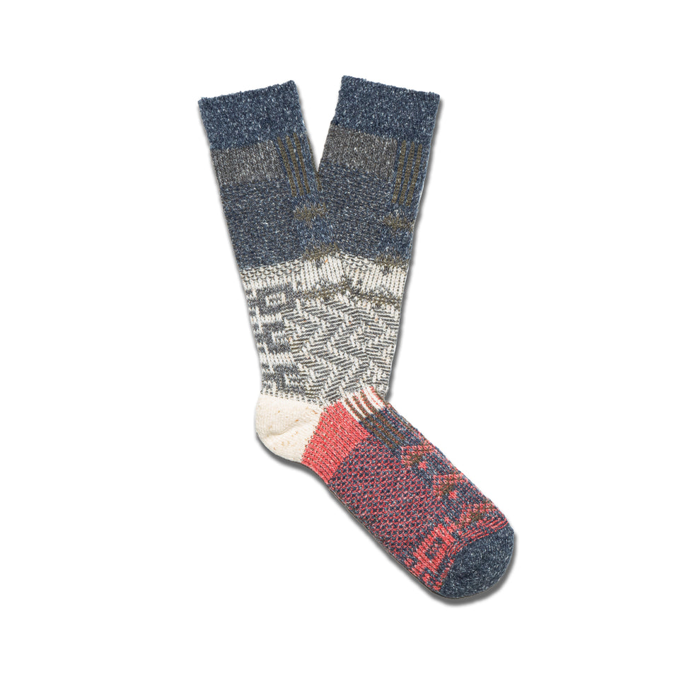 CABLE KNIT CREW SOCKS - DARK NAVY