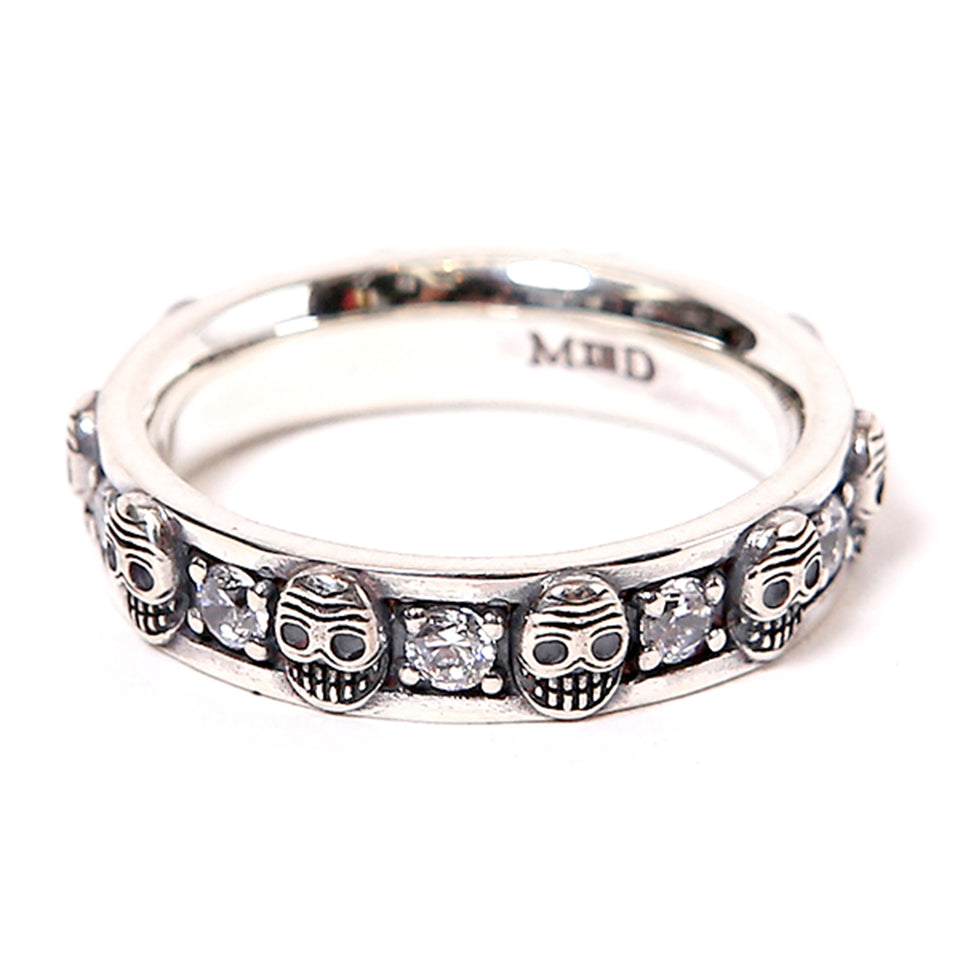 MAGICAL DESIGN - BEZEL RING - SILVER / CUBIC ZIRCONIA