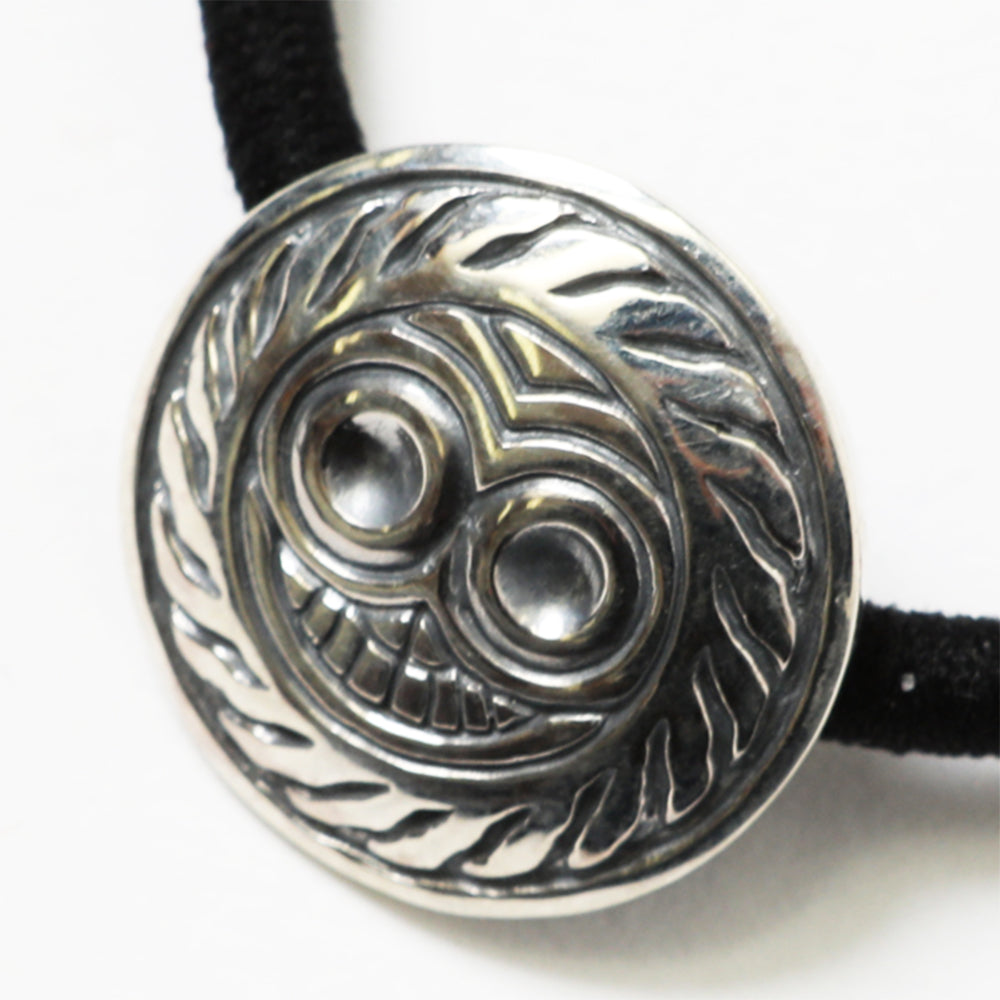 MAGICAL DESIGN - TIBEKKOTSU SKULL HAIR TIE - STERLING SILVER