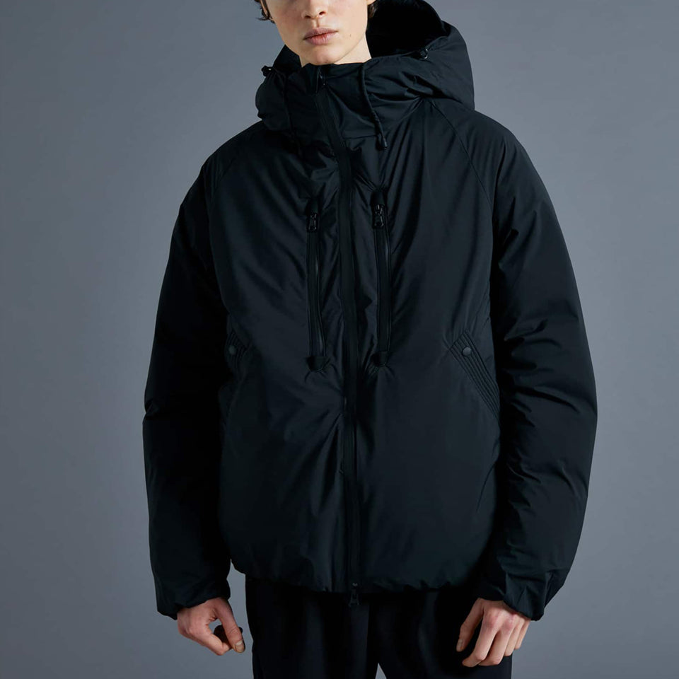 ULTRA LIGHT WHITE DUCK DOWN JACKET - BLACK