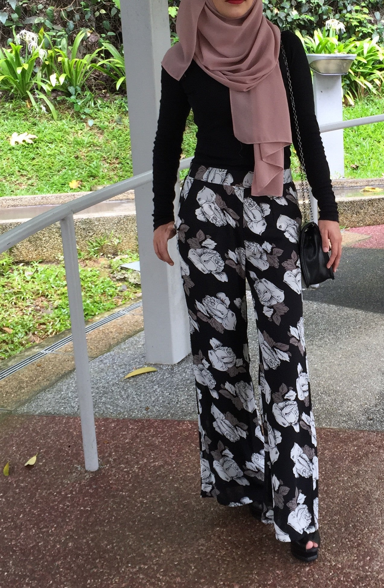 White Rose Pants