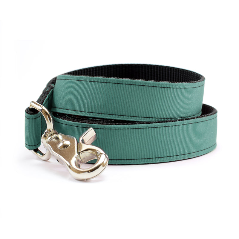 Rosemary Green Dog Leash | MATTIE + MARGOT