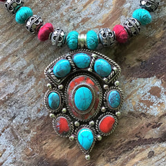 Turquoise and Red Turkoman Bead and Thread Necklace - Honorooroo Lifestyle