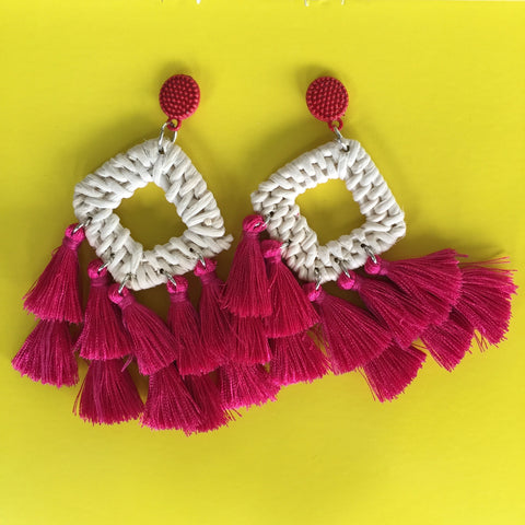 RAFFIA WOVEN TASSEL earrings| Rattan - Honorooroo Lifestyle