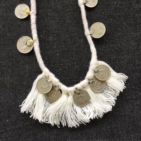 KUCHI COIN WHITE|Tassel Fringe Necklace - Honorooroo Lifestyle