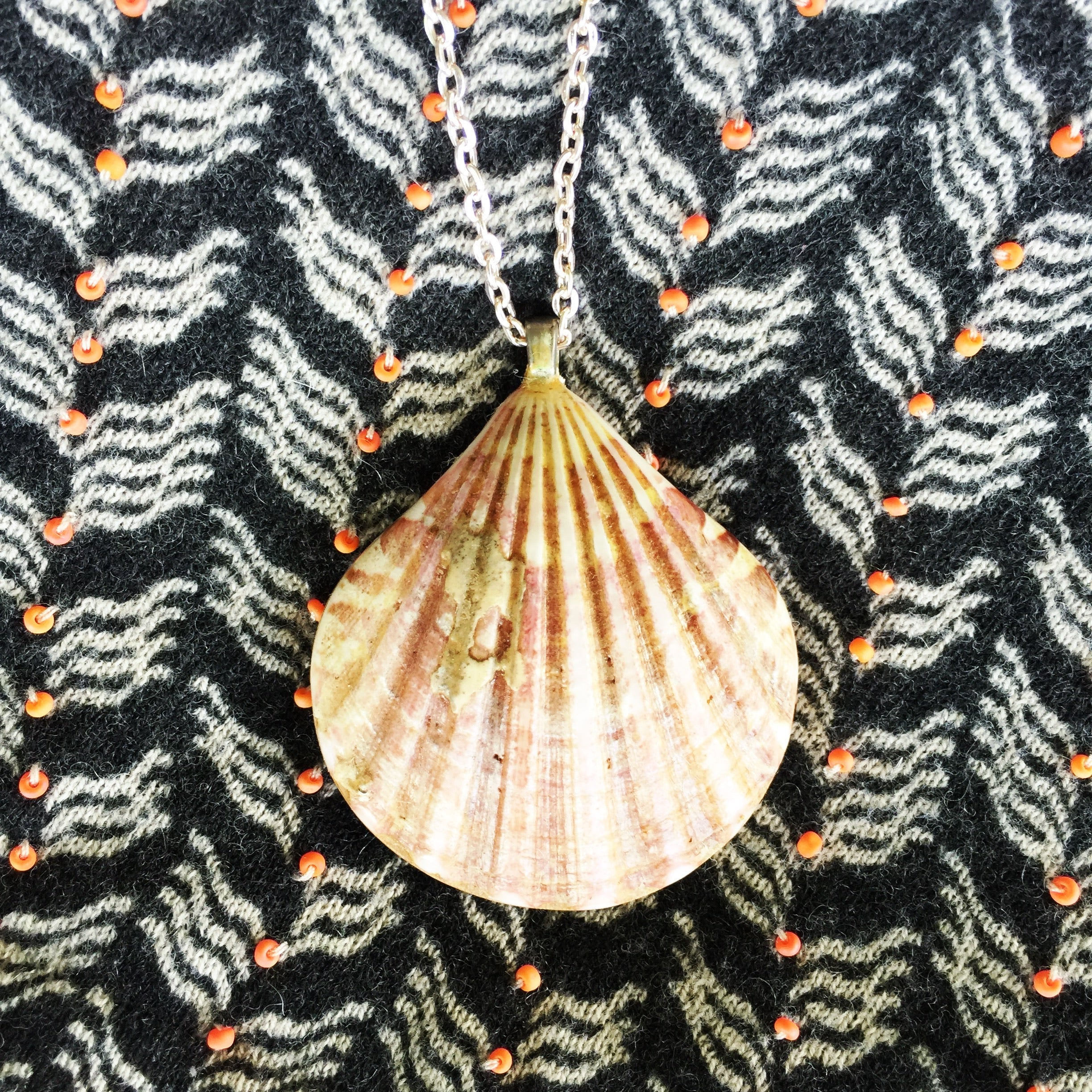 Sunrise Shell Necklaces| Hawaiian Sunrise/Moonrise Shell pendants| Beach Jewelry|12 - Honorooroo Lifestyle