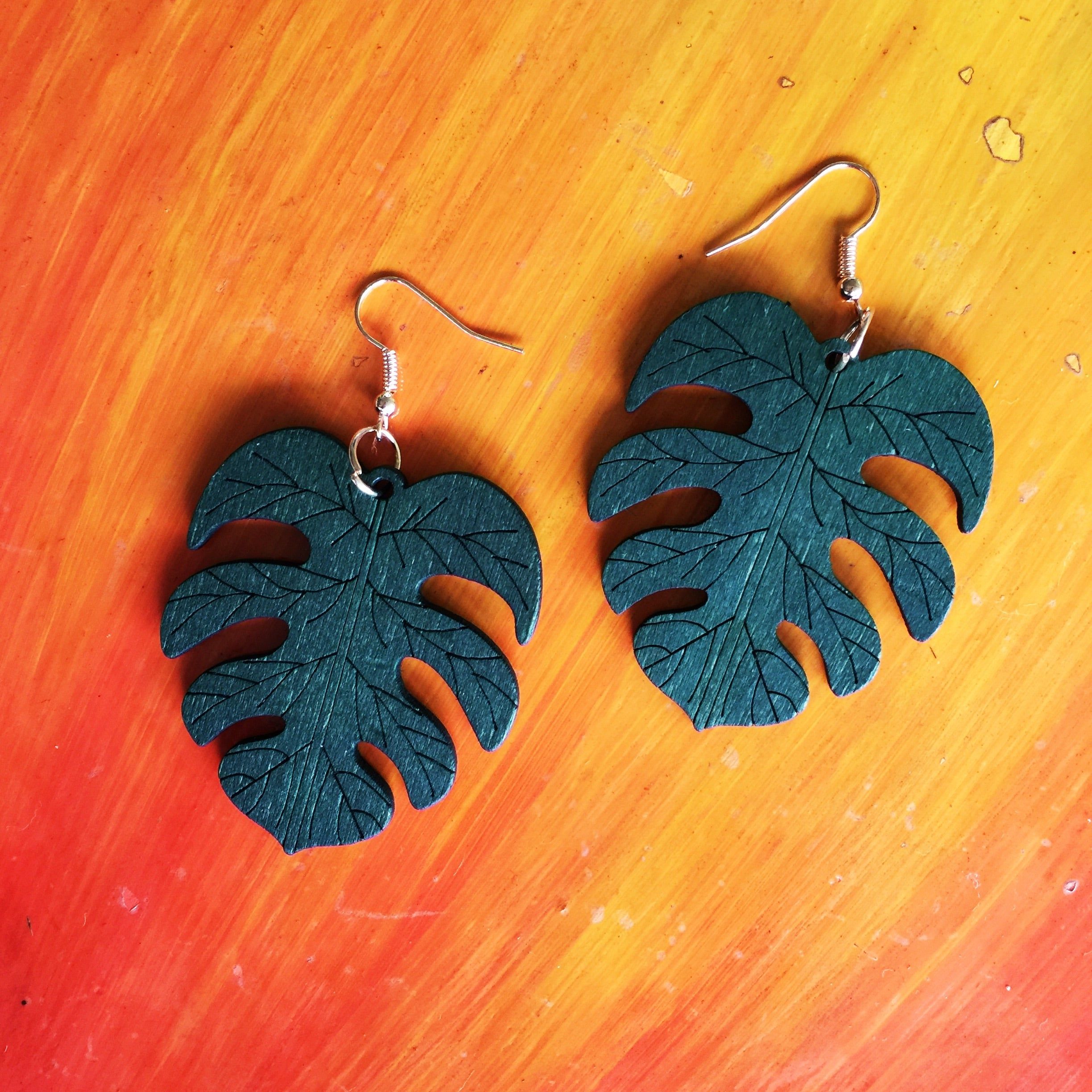 Boho Leaf Shape Earrings|Monstera leaf| Wood Laser Cut| Green - Honorooroo Lifestyle