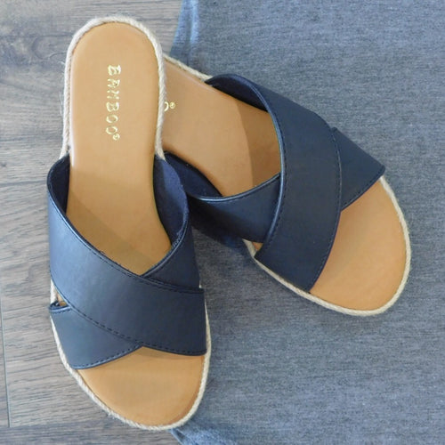 Bamboo CrissCross Sandals