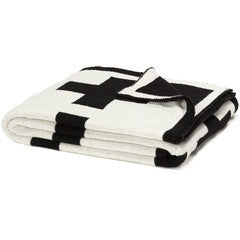 Reversible Swiss Cross Throw