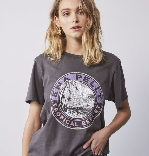 Ena Pelly | TROPICAL RESORT GRAPHIC TEE
