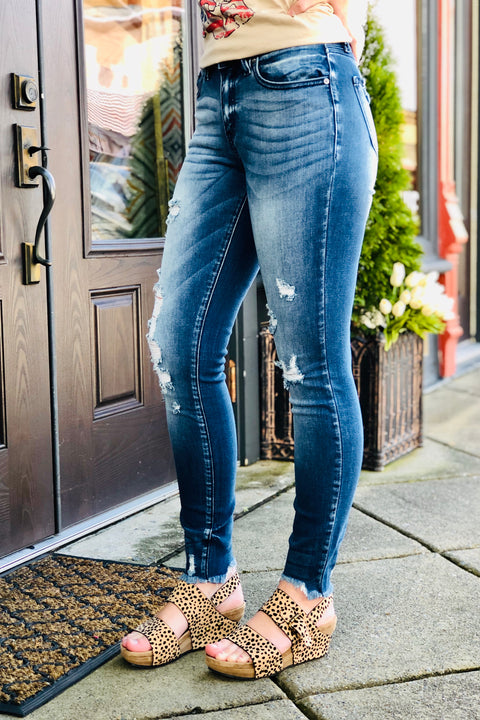 Kan Can Mid Rise Super Skinny Jeans
