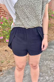 Your Song Linen Shorts- Black