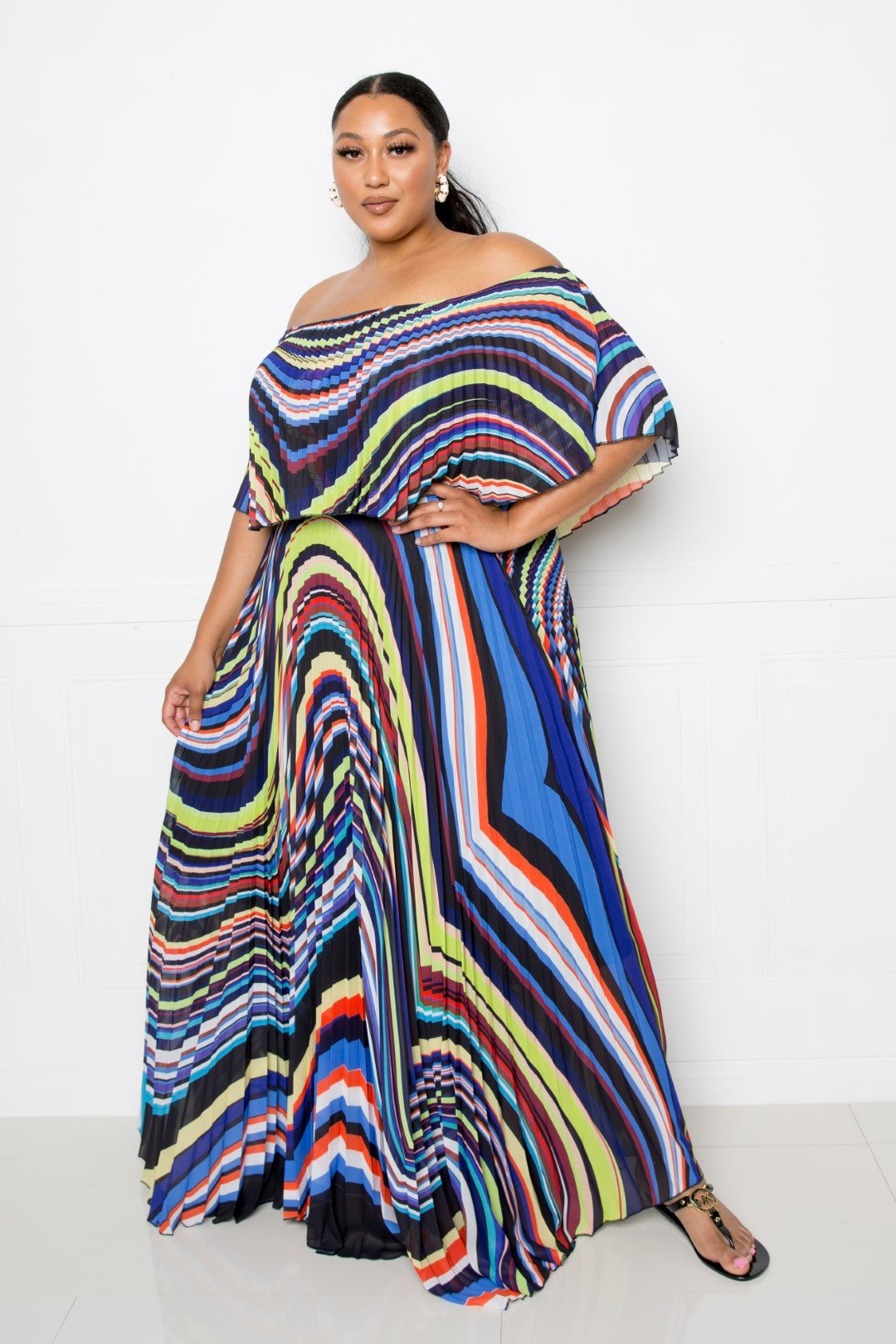 Geo Printed Off Shoulder Pleated Maxi Dress