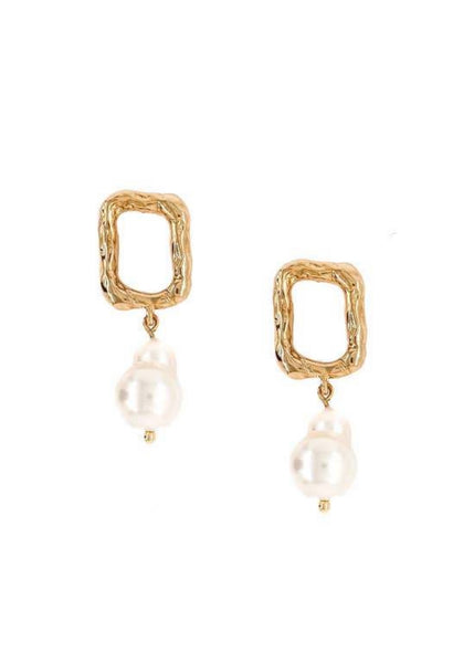 Gabi Pearl Earrings