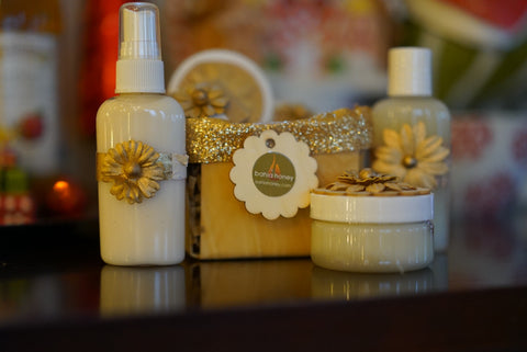 Bahia Honey Holiday Bath and Beauty Basket