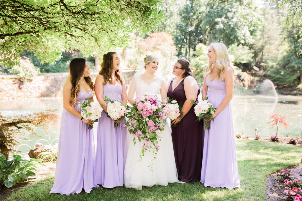 Fairy Tale Wedding in Lakeside Gardens in Portland, OR // Flower Friends