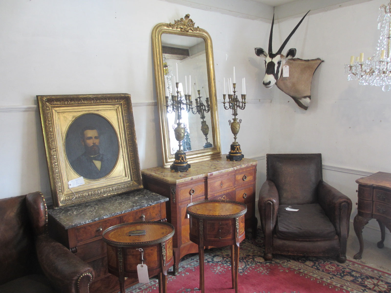 New Dealer JMR Antiques Moved In.