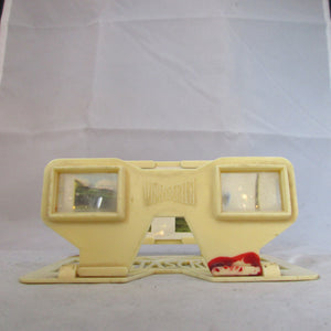 English Plastic Ivory Coloured Weetabix 3D Viewer c1960.