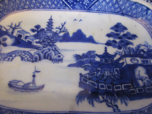 Small Chinese Willow Pattern Export Dish Antique 19th Century