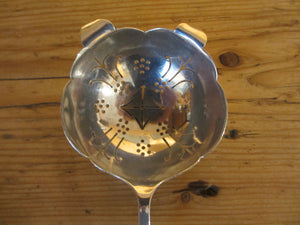 Sterling Silver Tea-Strainer Hallmarked Sheffield 1958.