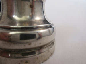 Sterling Silver Pepper Mill Hallmarked Birmingham 1913.