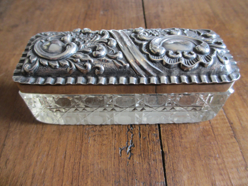Sterling Silver & Glass Trinket Box hallmarked Birmingham c1903.