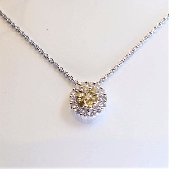 18ct White Gold Diamond Cluster Pendant Contemporary