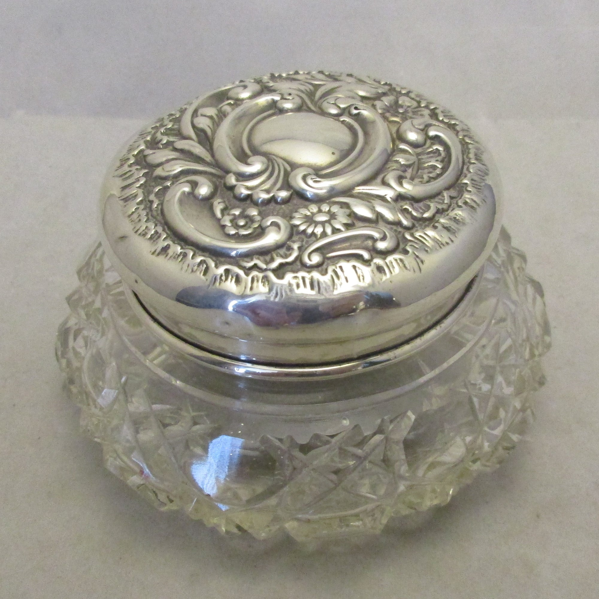 Sterling Silver Top Cut Glass Trinket Antique Birmingham 1900.