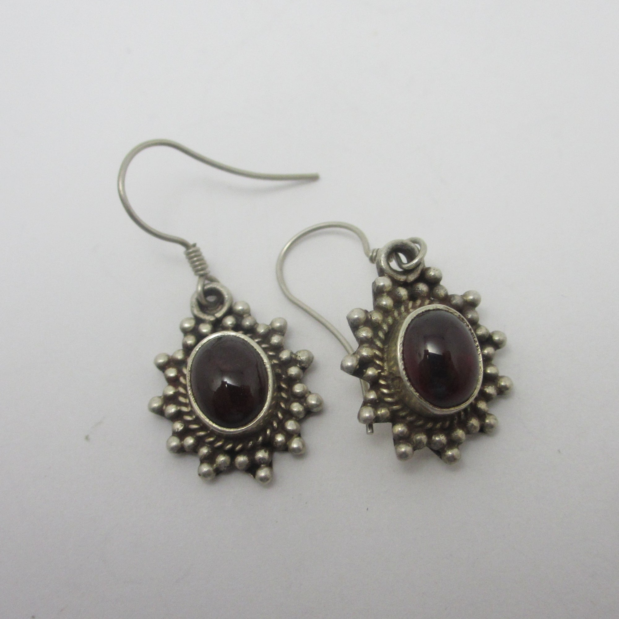 Cabochon Garnet Sterling Silver Dangling Pendant Earrings Vintage c1980