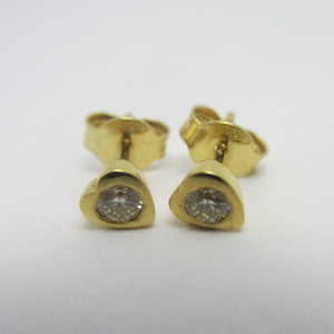 Heart 18k Gold & Brilliant Cut Diamonds Stud Earrings Vintage c1980.