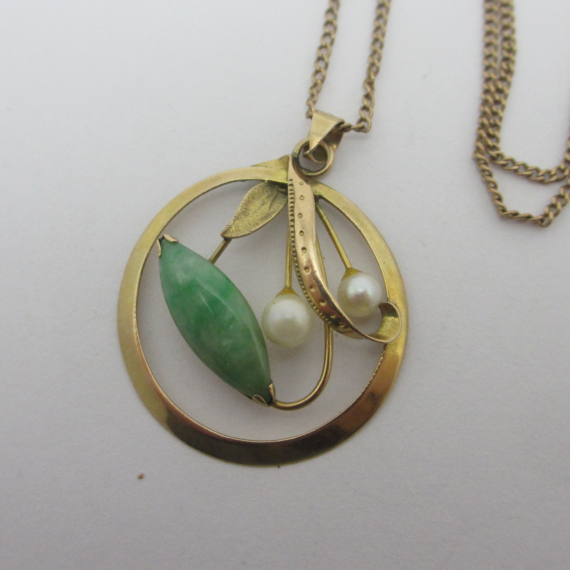 Jadeite & Pearl 14k Gold Pendant Necklace Vintage Art Deco c1920