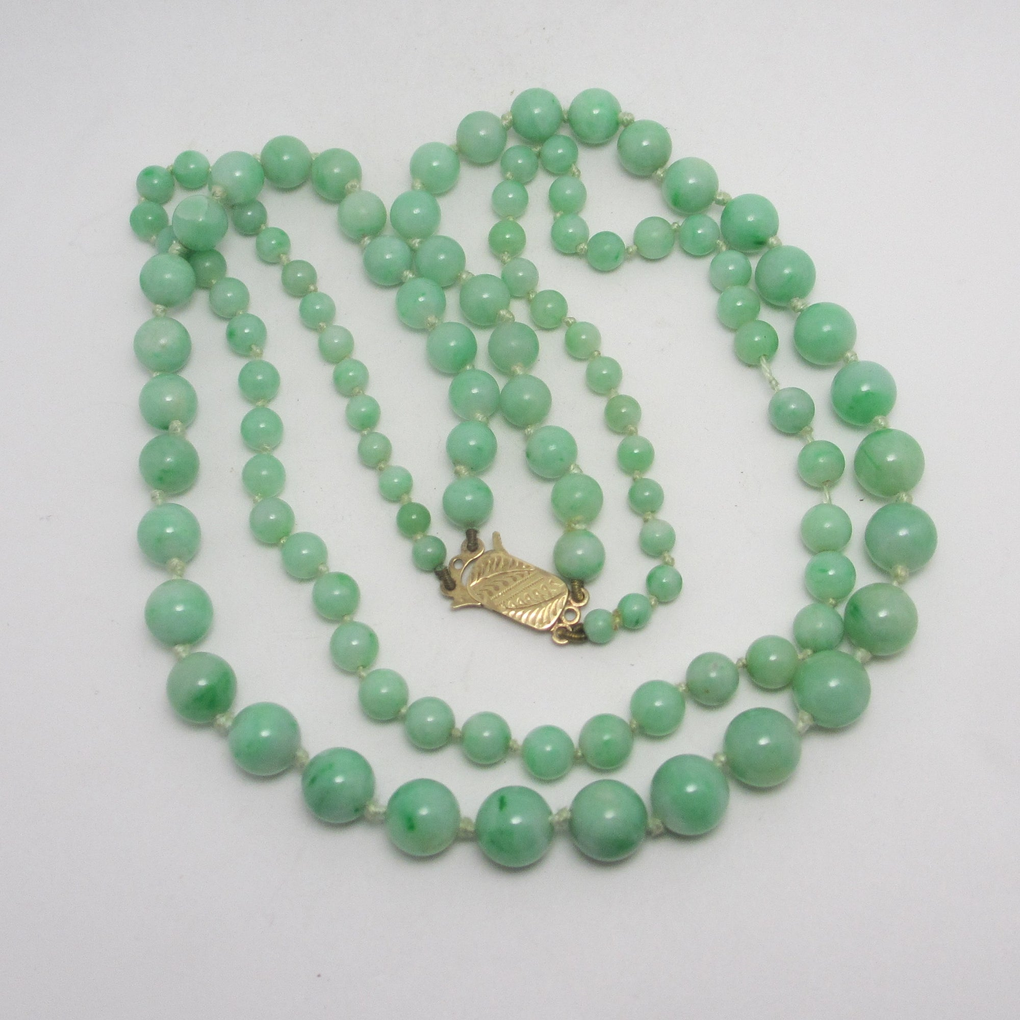Double Strand Apple Green Jadeite Bead Necklace 9k Gold Clasp Vintage Art Deco c1920