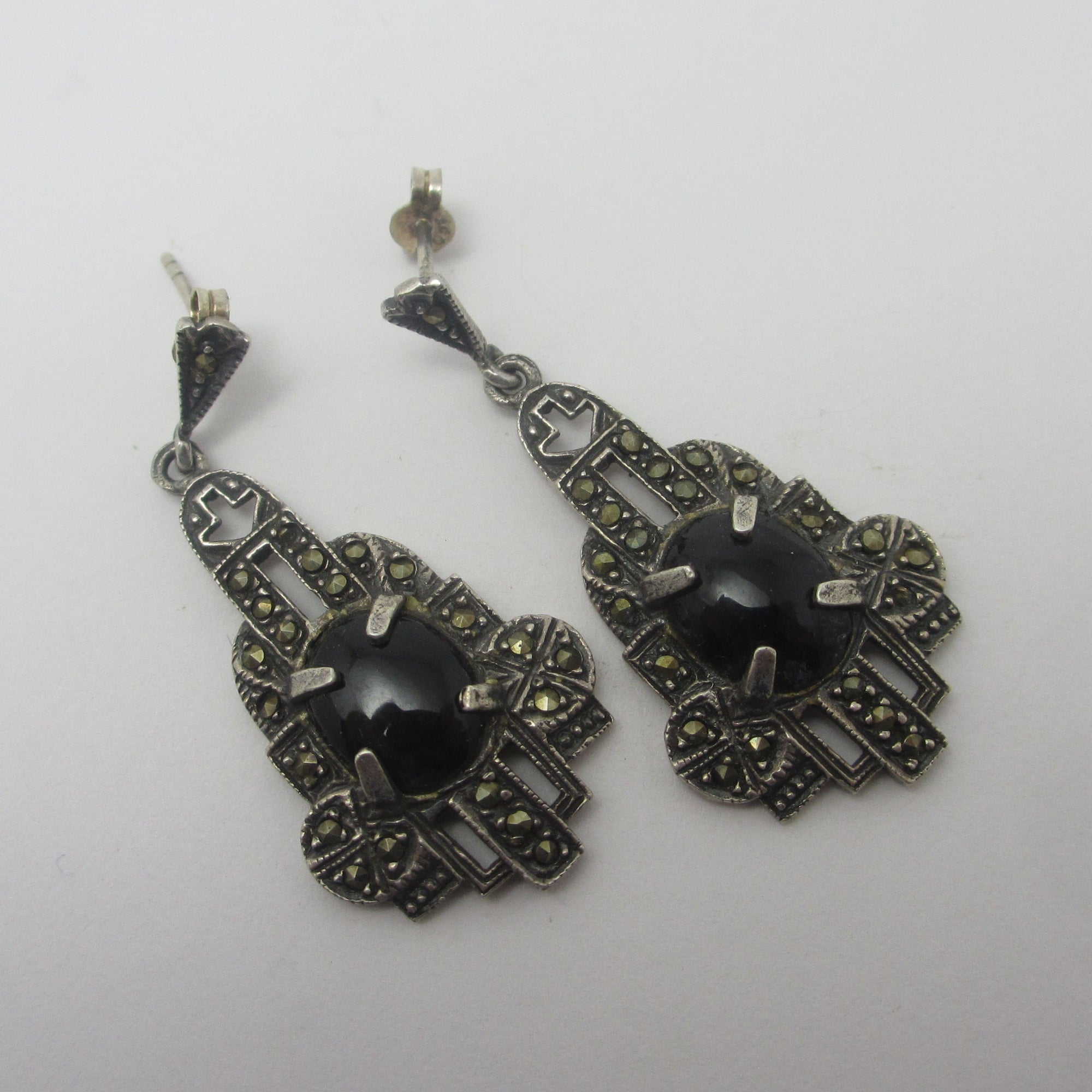 Cabochon Black Onyx Sterling Silver Marcasite Dangling Pendant Earrings Vintage c1980