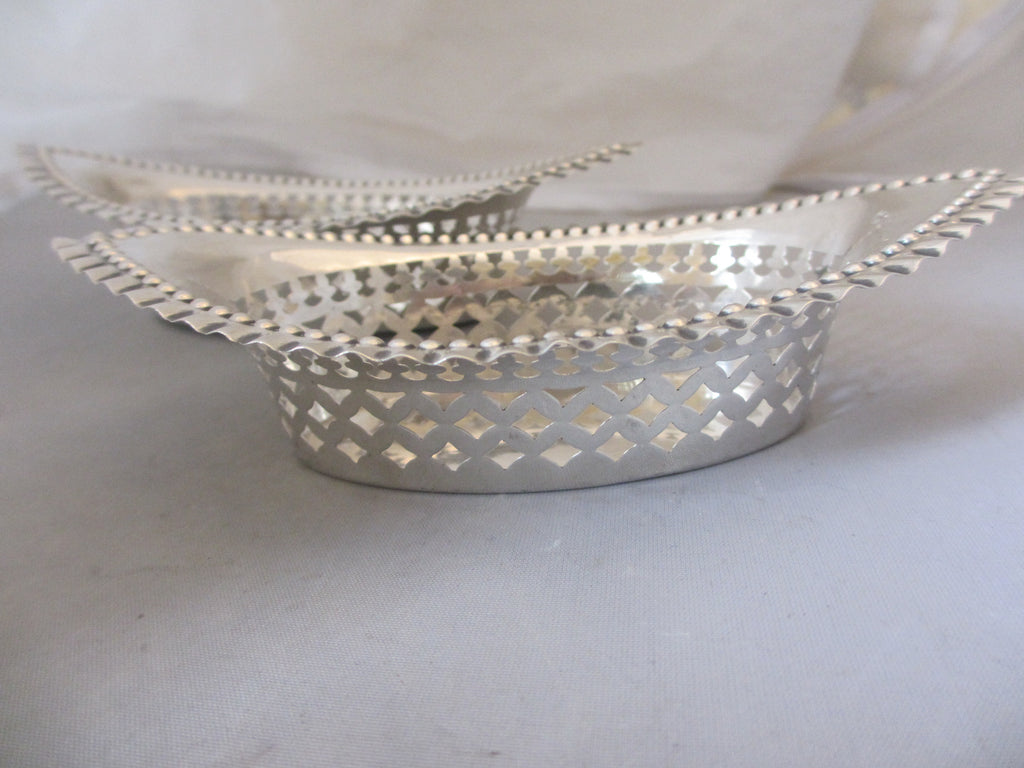 Sterling Silver Pair Of Bon Bon Dishes Antique Edwardian Chester 1901
