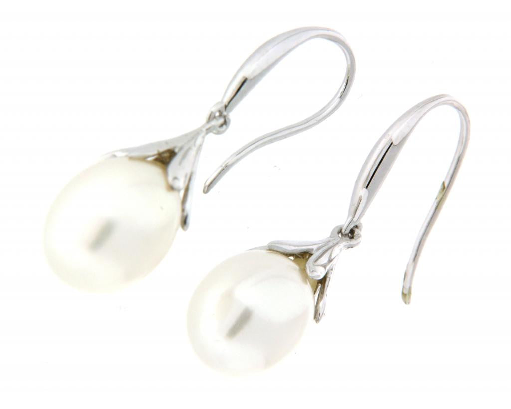 9ct white gold teardrop pearl earrings with tulip caps