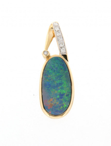 14ct yellow gold doublet opal & diamond pendant