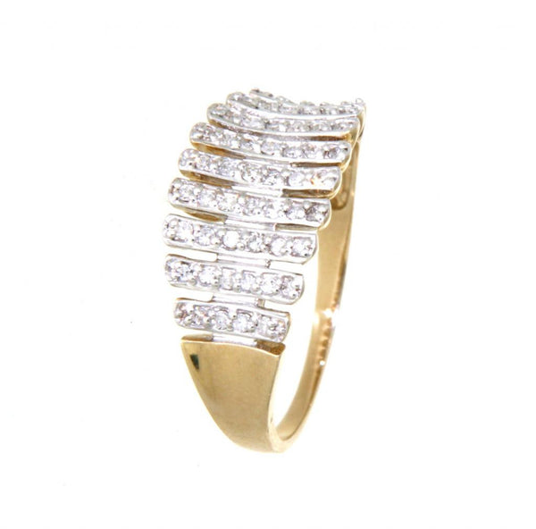 9ct yellow gold graduated diamond bar ring