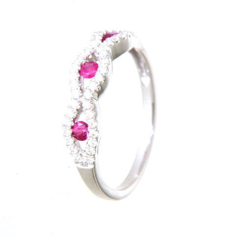 18ct white gold ruby & diamond ring