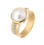 9ct yellow gold mabe pearl & diamond ring