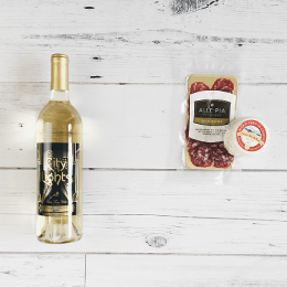 Pinot Grigio and Brie Pairing