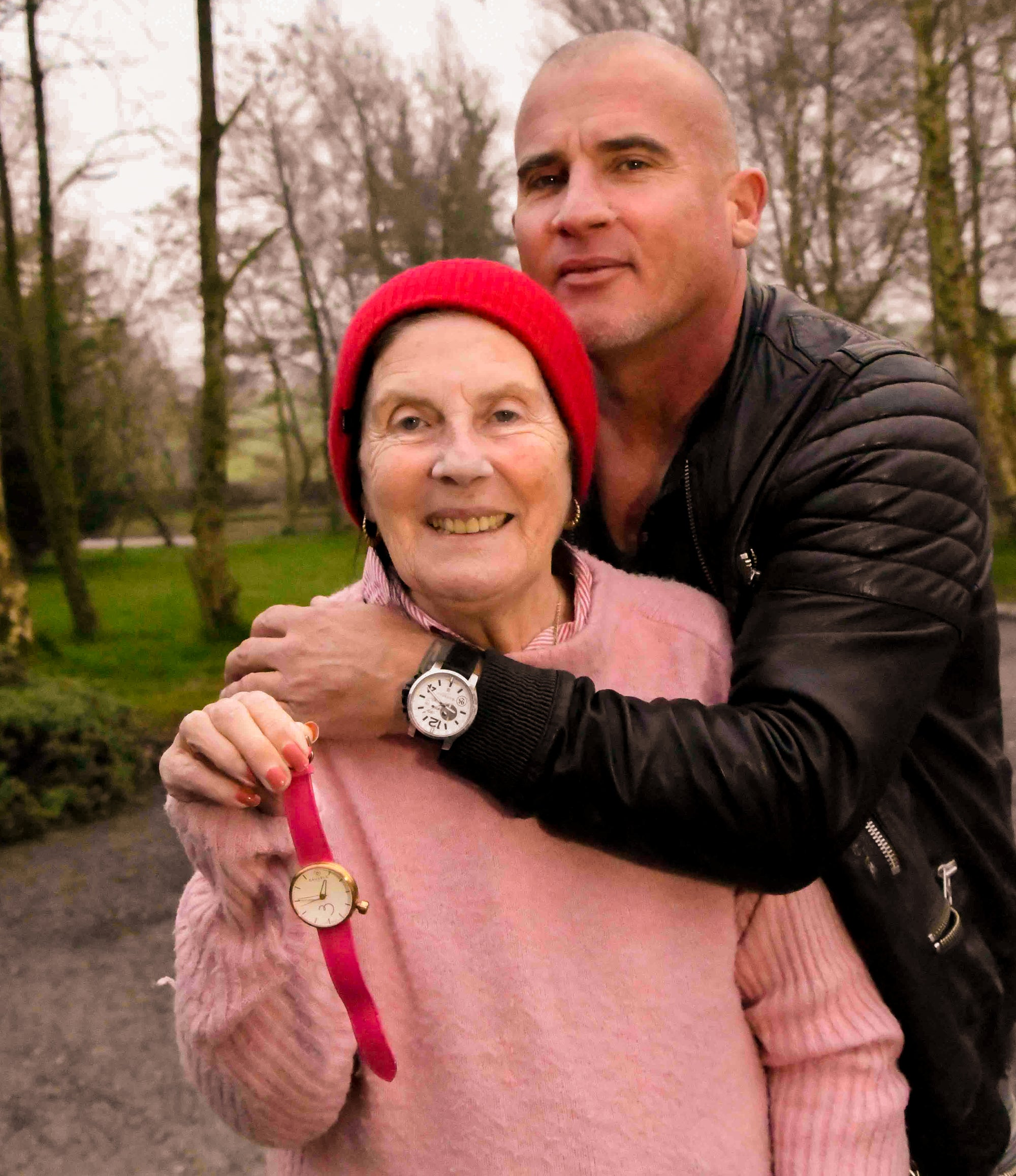 Prison Break star Dominic Purcell's travels to Ireland with an early mother's day gift!