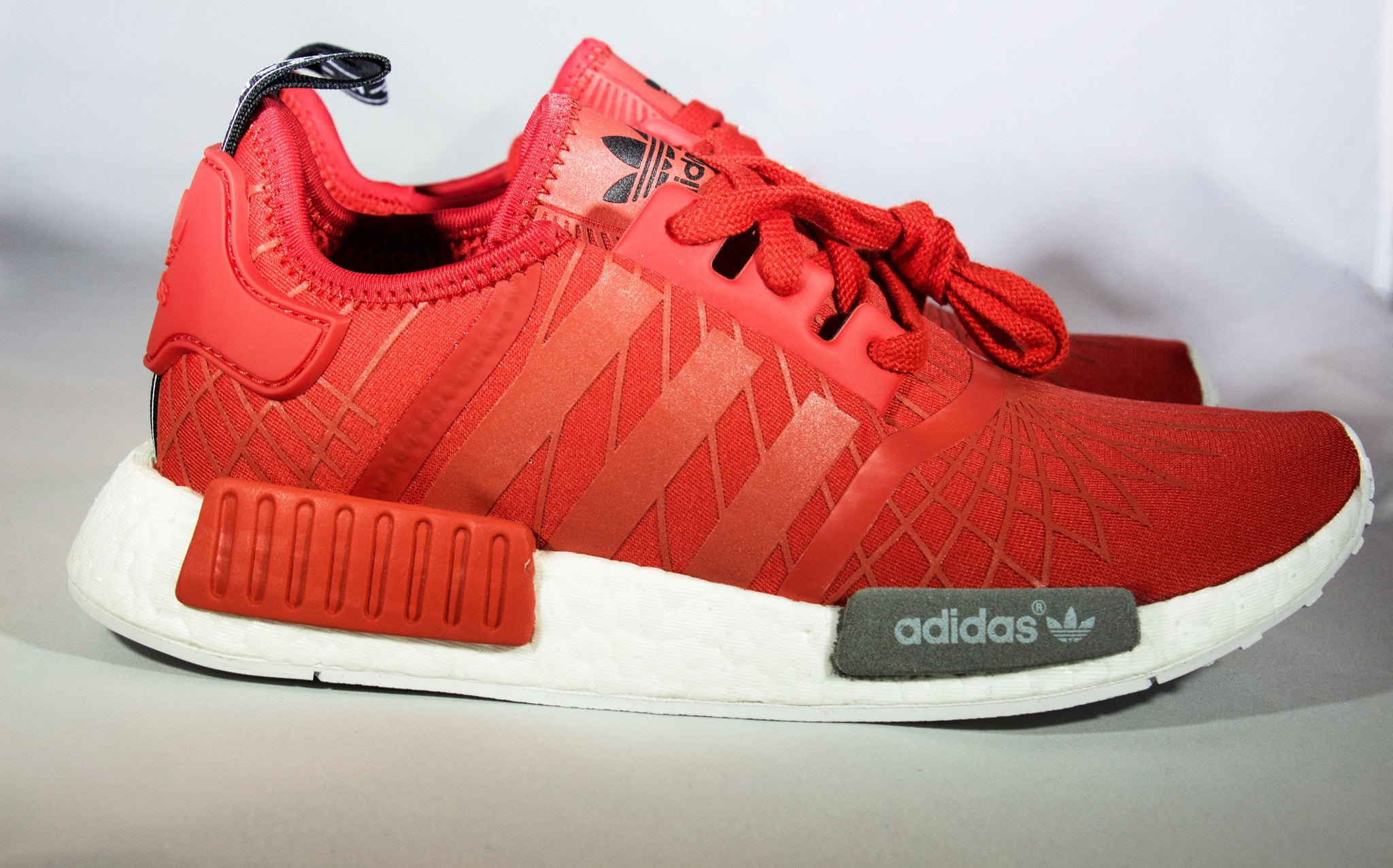 the best attitude 0afbf ae99a Adidas NMD Runner R1 Lush Red Womens