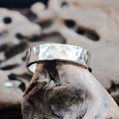 silver hammered flat band ring